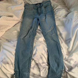 Hollister Jeans. Size 3R